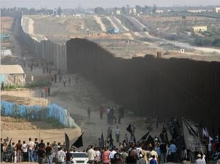 (Apartheid wall-Palestine, file photo)